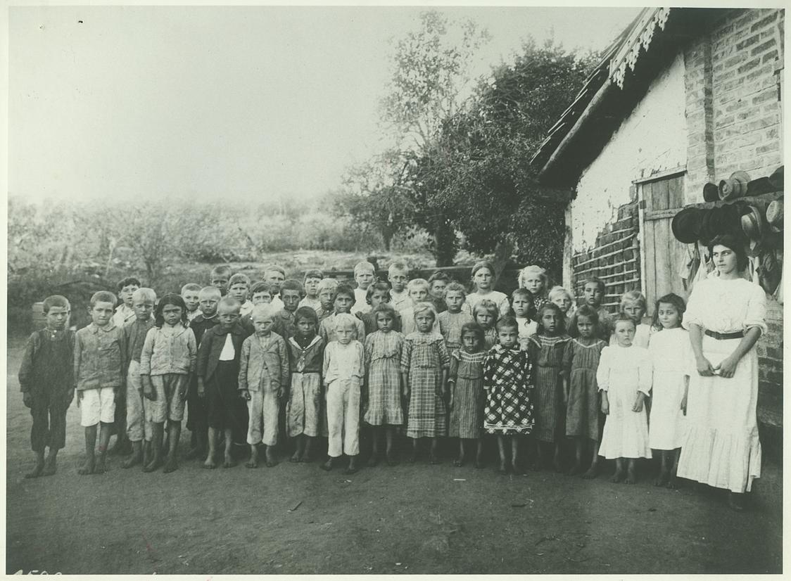 Escola no núcleo colonial Campos Salles, Campinas, c. 1915